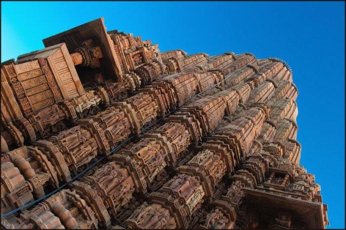 kama-sutra-tempio-khajuraho