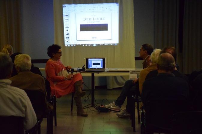 l'arte è utile di adina pugliese - presentazione all'acarya di Como