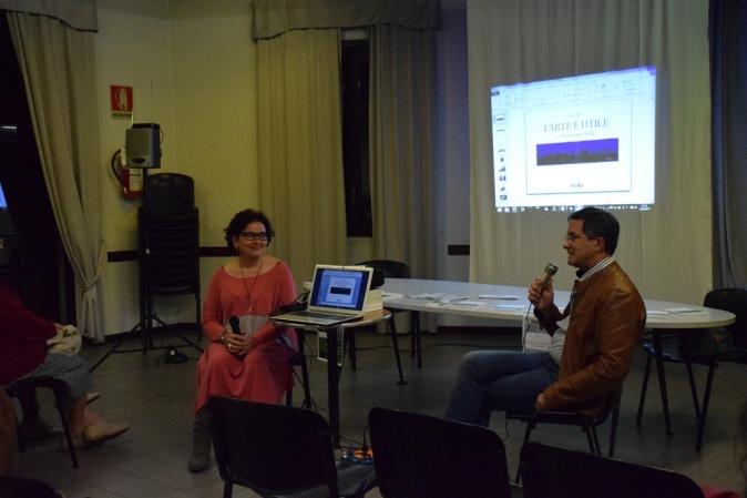 l'arte è utile di Adina Pugliese - presentazione all'Acarya di Como-2