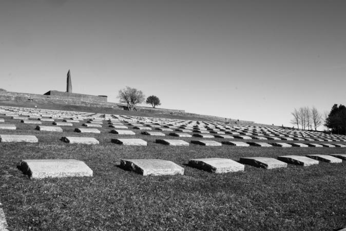 Cimitero germanico-fiorenzuola