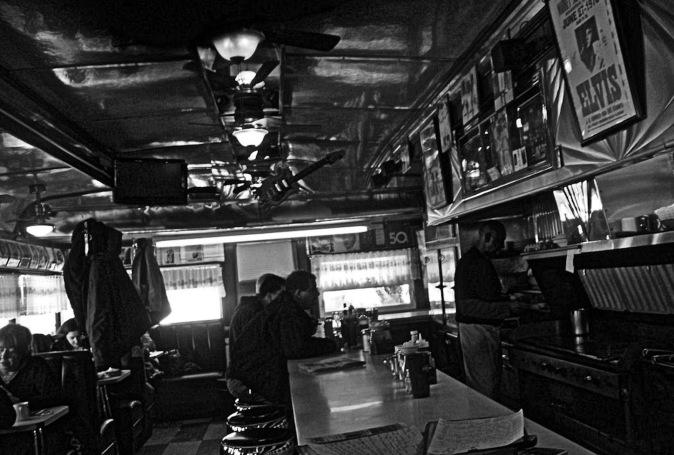 bar-7-Tilly's Diner